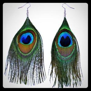 Jewelry - Peacock feather earrings 3in